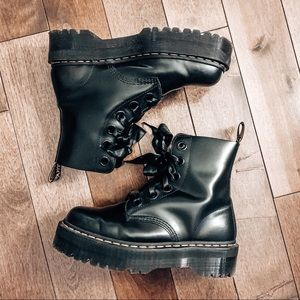 Dr Martens • Molly Leather Platform Boots